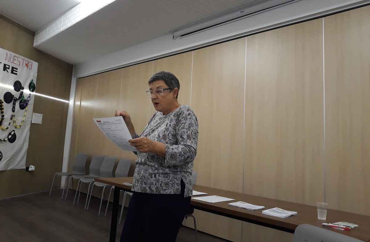Carmen Alberich durant el segon taller