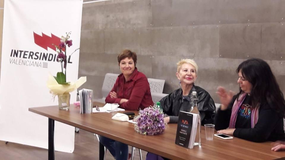 D'esquerra a dreta, Macu Gimeno, Karmele Marchante i Beatriu Cardona