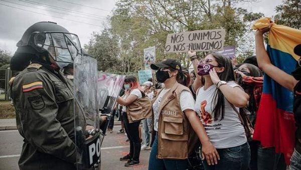 Protestes en Colòmbia per les agressions sexuals comeses per part de la policia