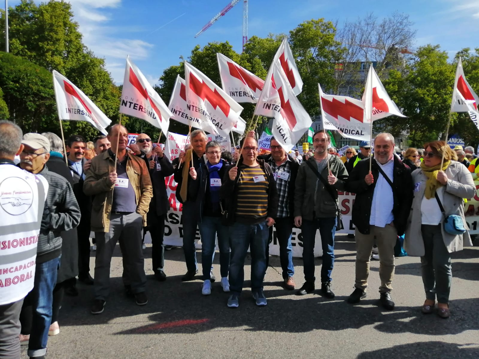 La delegació d'Intersindical a la manifestació de Madrid en defensa de les pensions públiques.