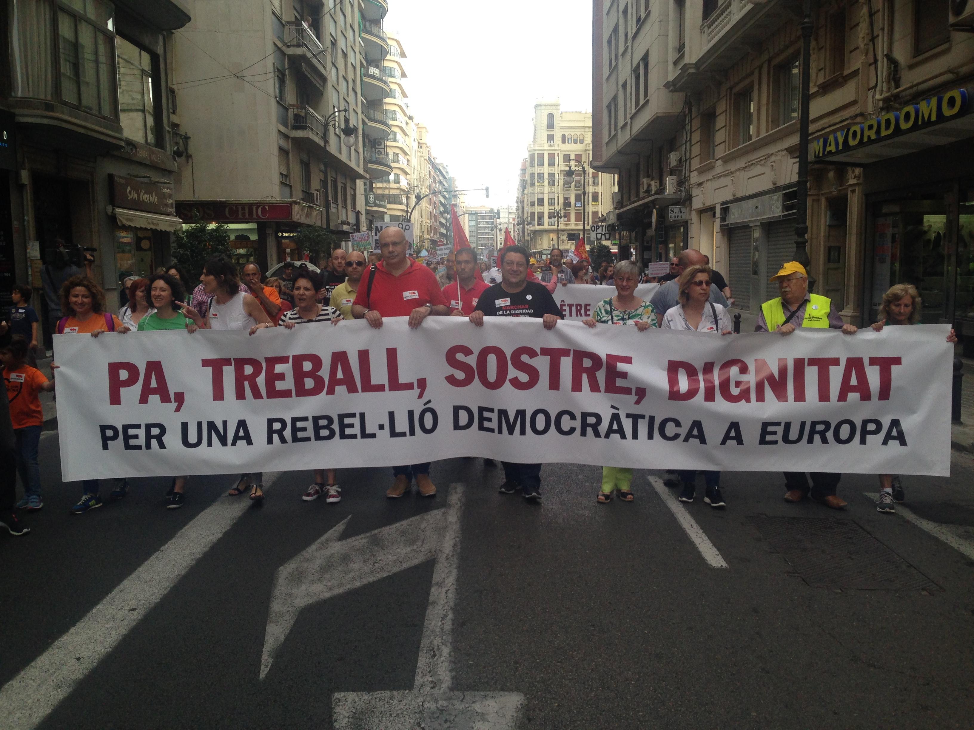 Pancarta de capçalera de la manifestació a València
