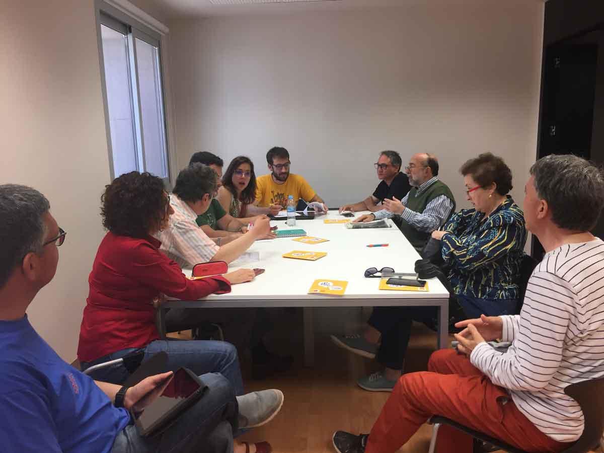 Reunió de 'Castelló per la llengua'.