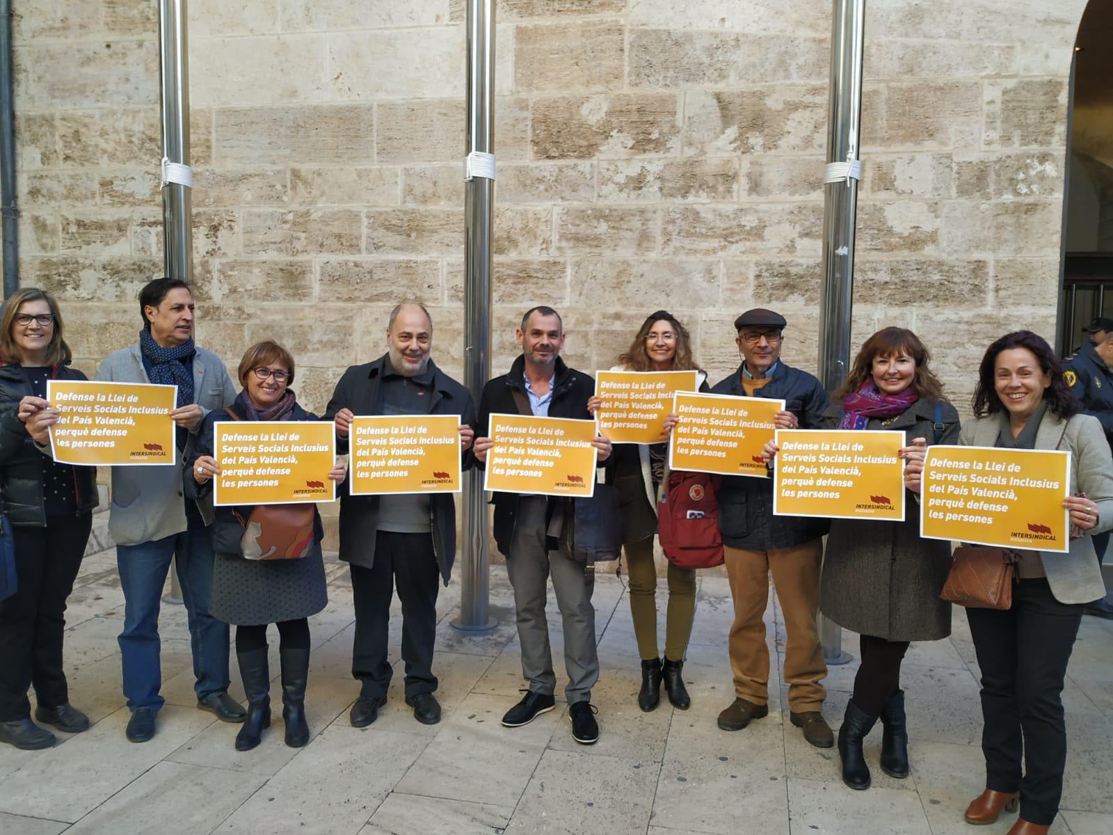 Membre d'Intersindical a les Corts Valencianes