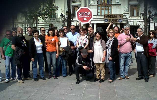 Presentació de la ILP a València, el 28 d'abril.