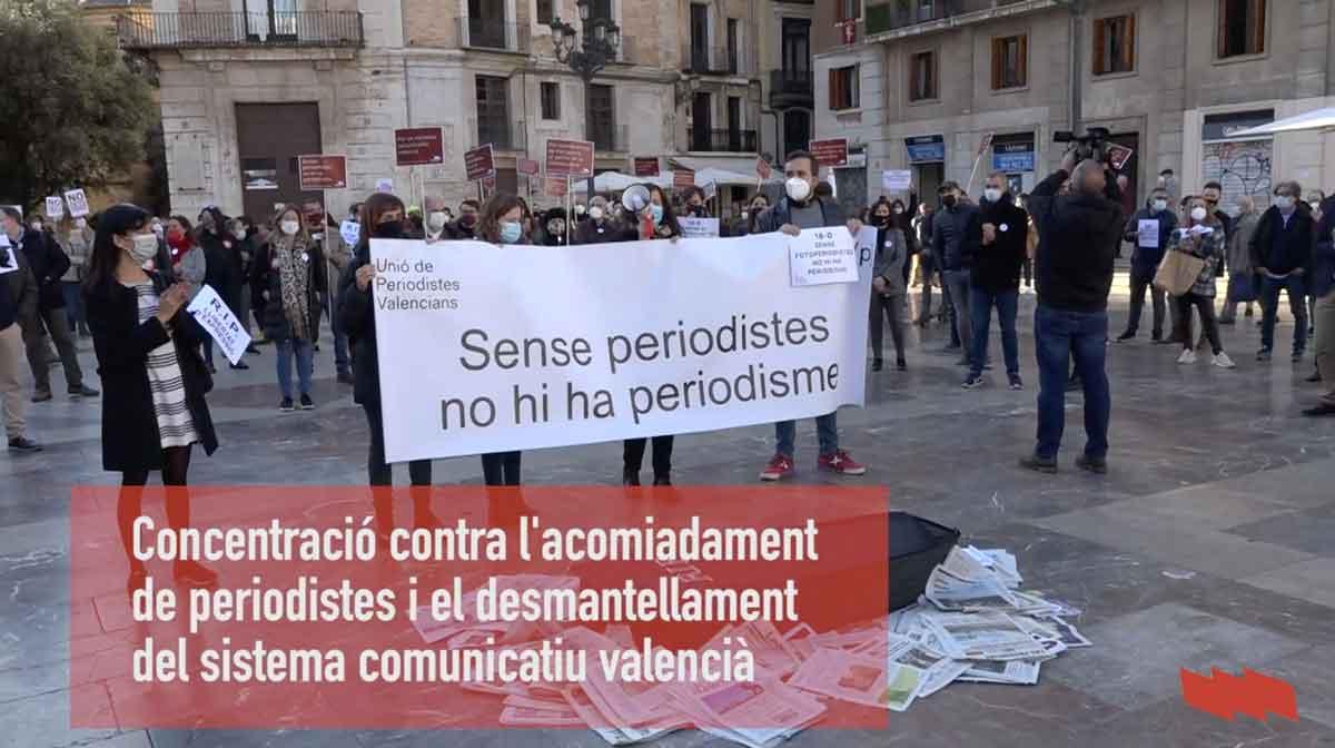 Concentració contra el desmantellament del sistema comunicatiu valencià