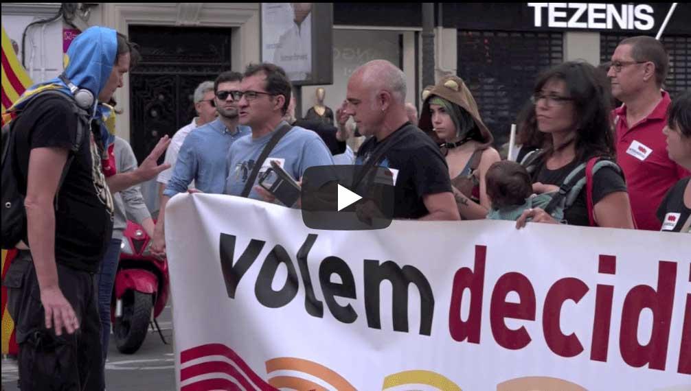 Els ultres intenten rebentar la manifestació del 9 d'octubre