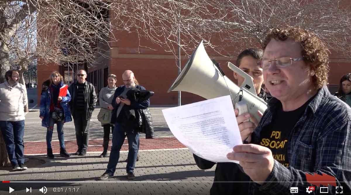 Continua la vaga del PDI associat de la Universitat de València