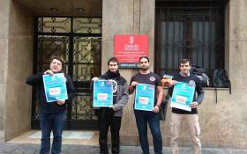 Intersindical demanda a Deliveroo per l'acomiadament d'un treballador