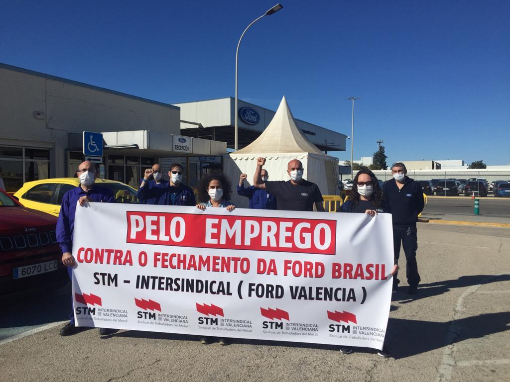 La Sección Sindical del STM en Ford, se concentra en factoría para mostrar su apoyo a la plantilla de Ford Brasil.